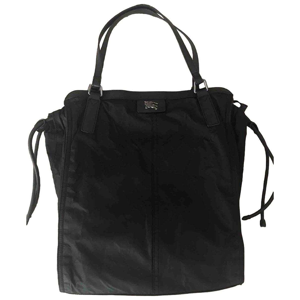 Burberry \N Handtasche in  Schwarz Leinen