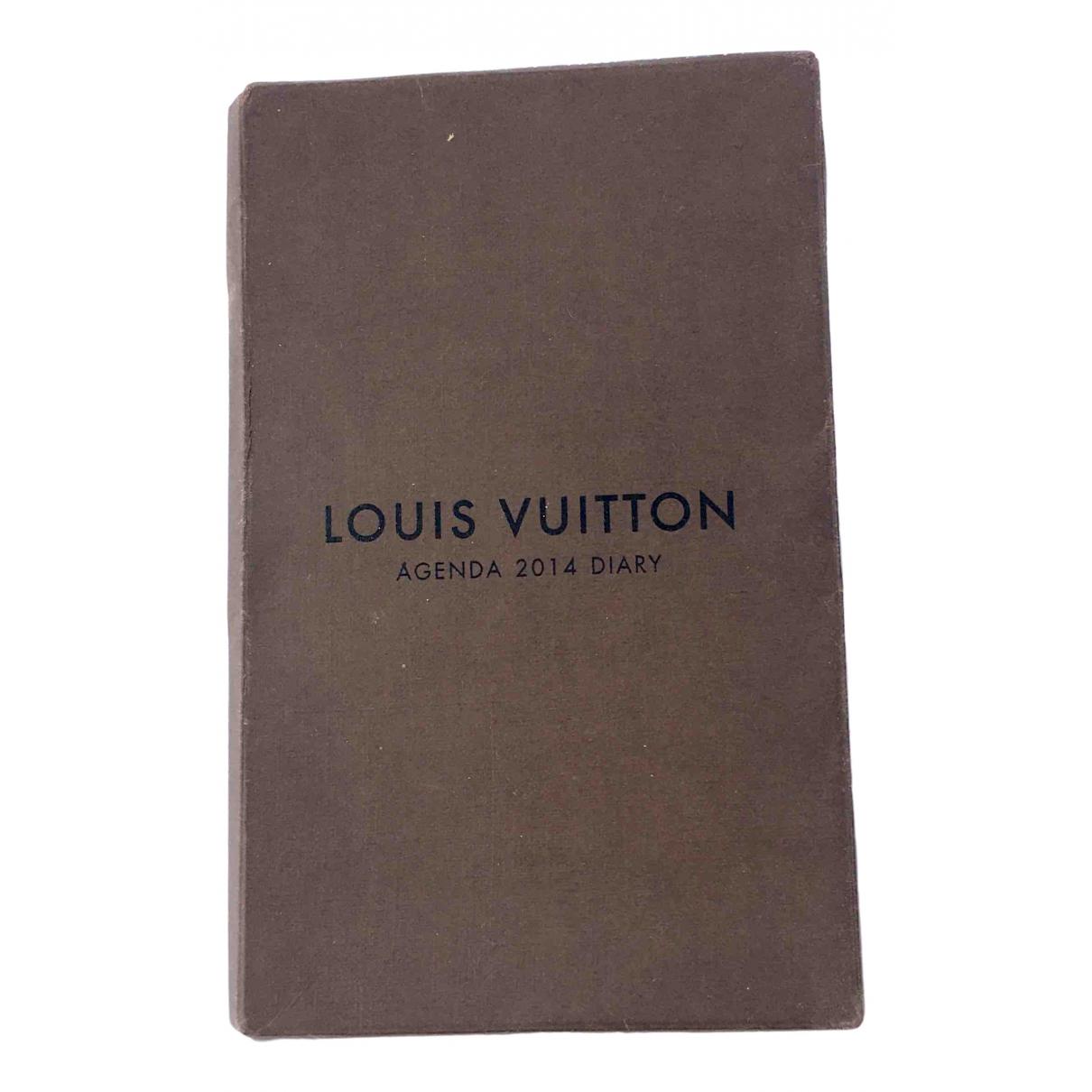 Objetos y Decoracion Marron Louis Vuitton