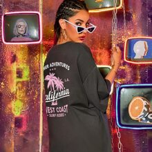Palm Tree & Letter Graphic Oversized Tee