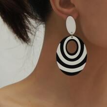 Oval Ohrringe mit Lochern
