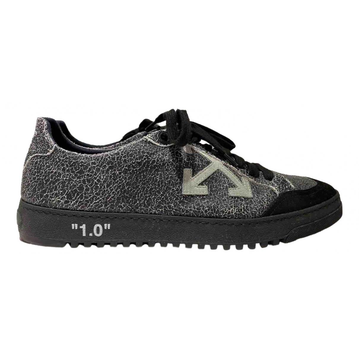 Off-white Arrow Sneakers in  Grau Leder