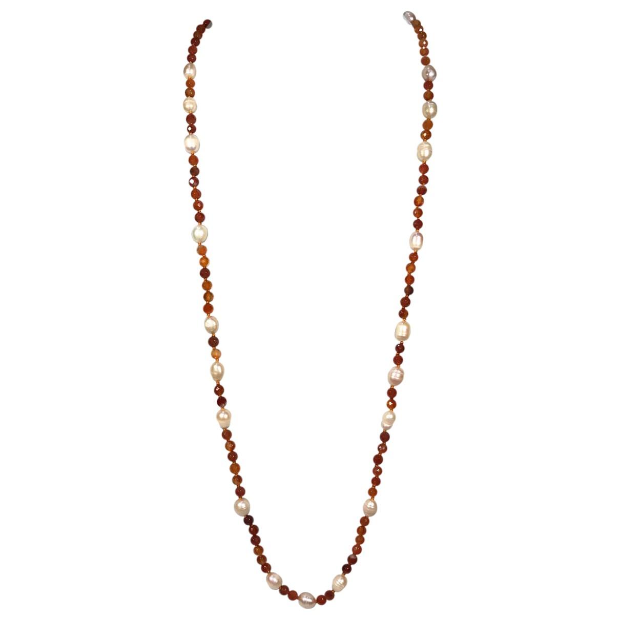 Non Signe / Unsigned \N Halskette in  Orange Metall