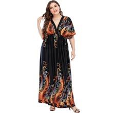 Maxi Kleid mit Paisley Muster, tiefem Ausschnitt und Fledermausaermeln