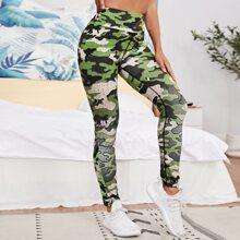 Sports Leggings mit Camo Muster und breitem Taillenband