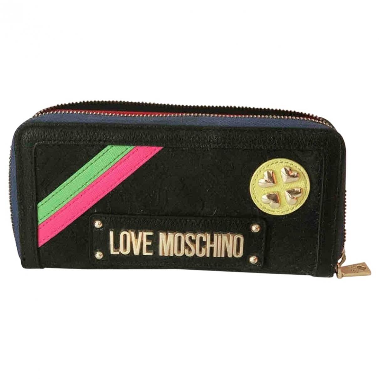 Tarjetero de Lona Moschino Love