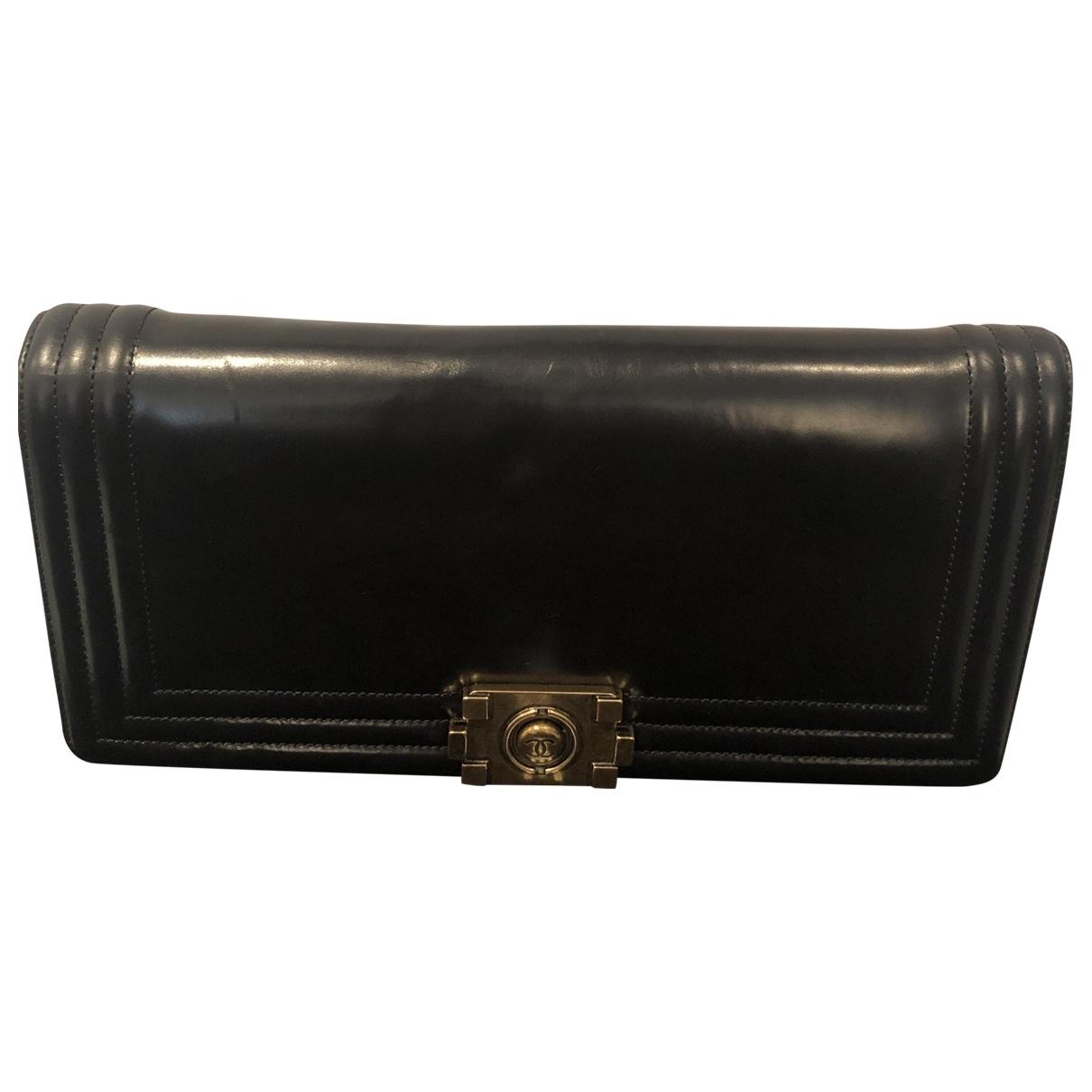 Chanel - Pochette Boy pour femme en cuir - noir