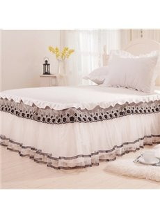 Fantastic Beige Lace Border Black Flowers Pattern Bed Skirt