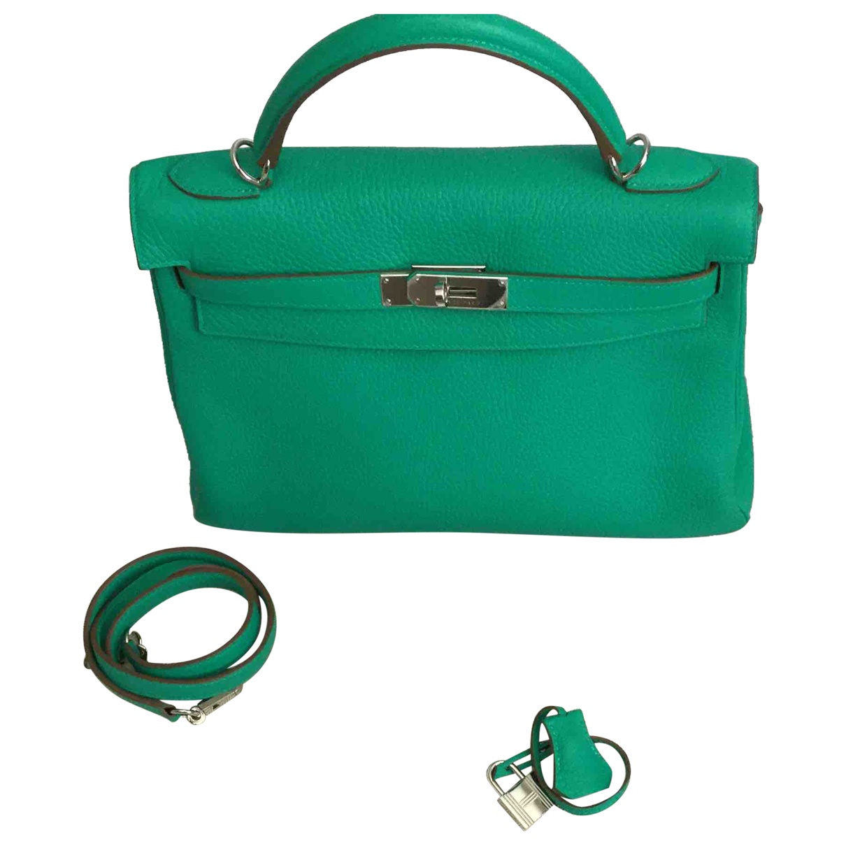 Hermès Kelly 32 Green Leather handbag for Women \N