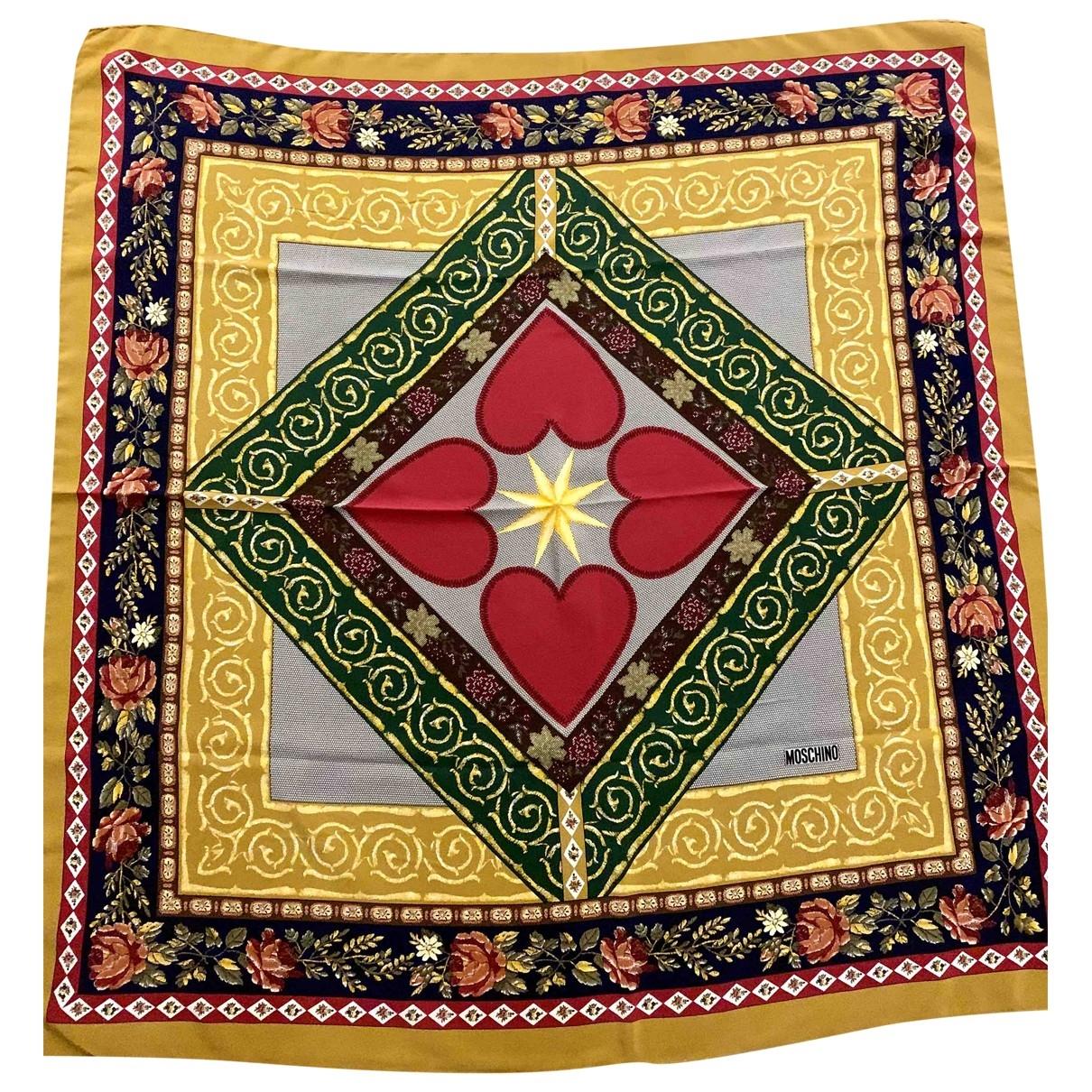 Moschino \N Silk scarf for Women \N