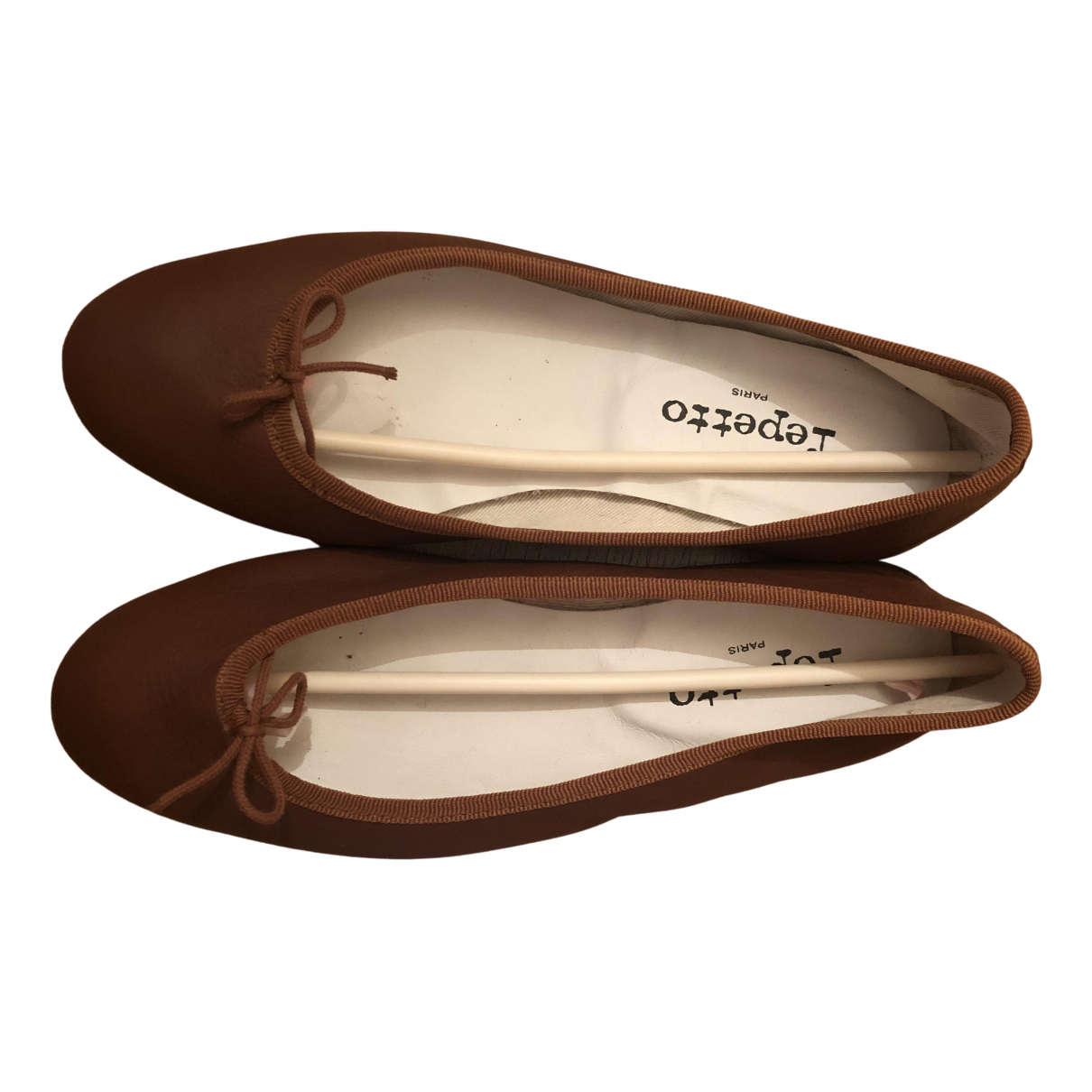 Repetto \N Ballerinas in  Kamel Leder