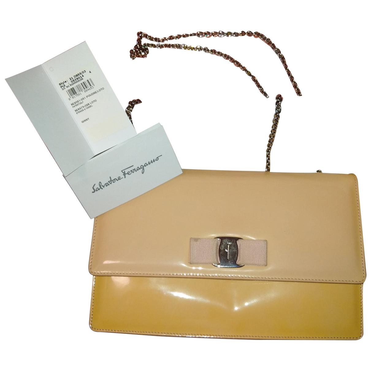Salvatore Ferragamo Vara Beige Patent leather handbag for Women \N