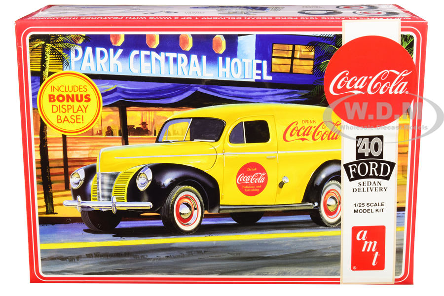 Skill 3 Model Kit 1940 Ford Sedan Delivery Van Coca-Cola with Display Base 1/25 Scale Model by AMT