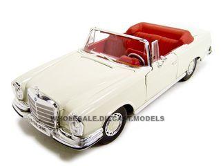 1967 Mercedes Benz 280 SE Cabriolet Cream with Red Interior 1/18 Diecast Model Car by Maisto