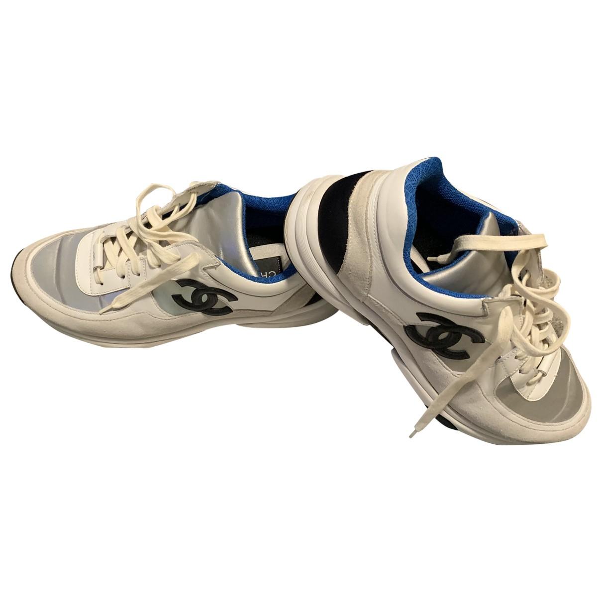 Chanel \N Sneakers in  Weiss Leinen