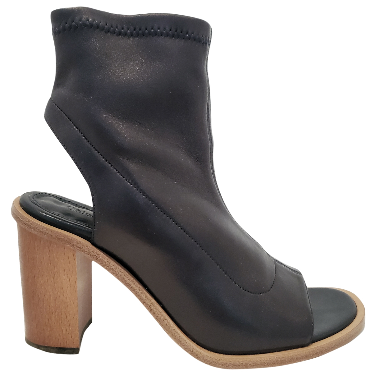 Chloé \N Black Leather Ankle boots for Women 38 EU