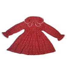 Kleid mit Gaensebluemchen Muster und Knopfen
