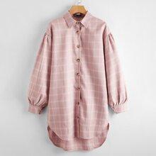 Kleid mit Knopfen vorn, Stufensaum und Karo Muster