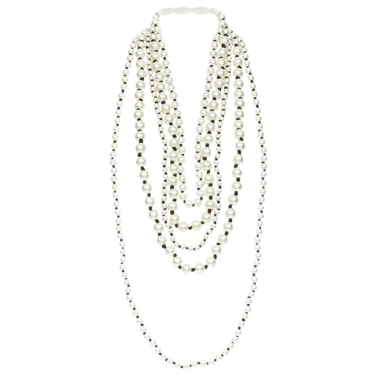 Collar de Perlas Chanel