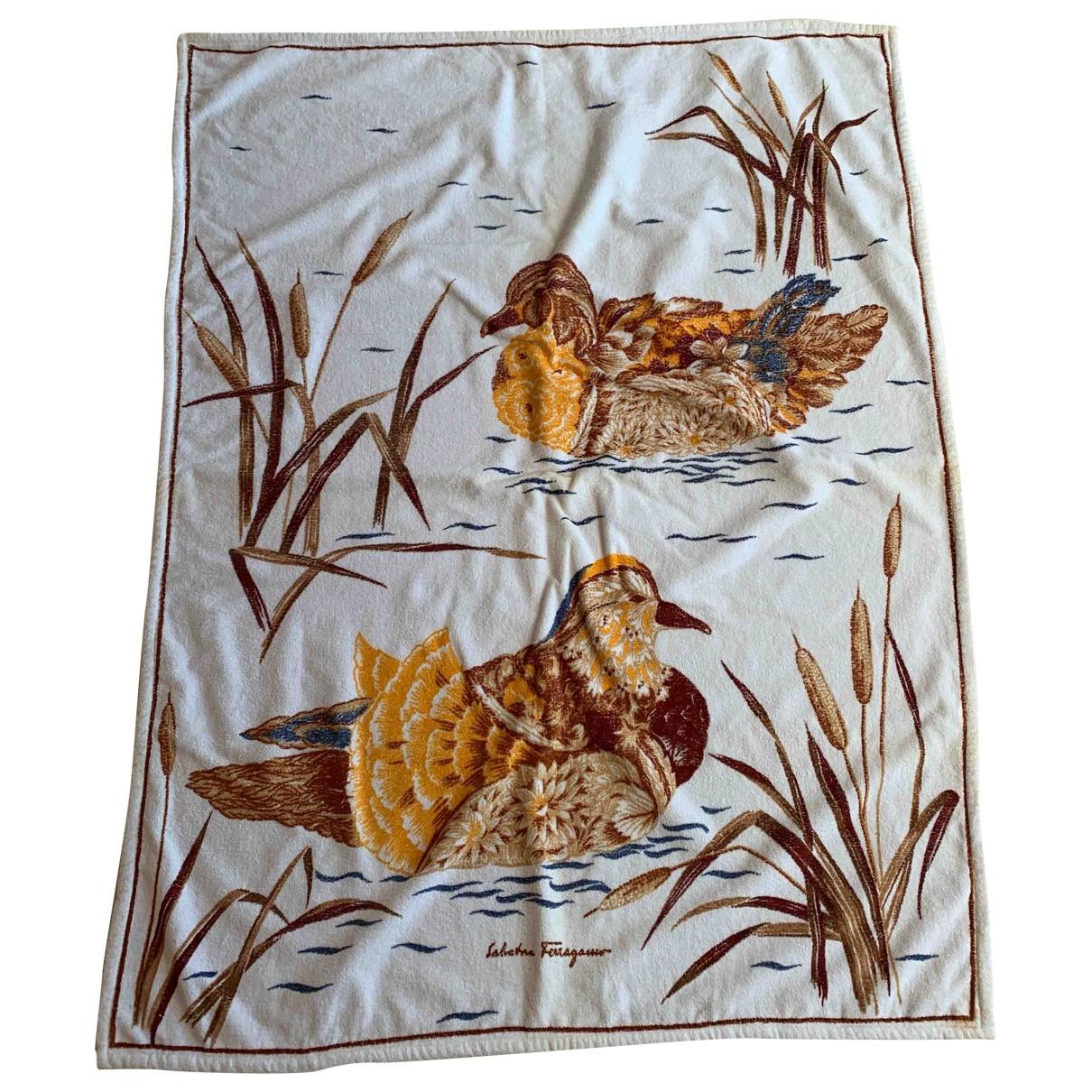 Textil de hogar Salvatore Ferragamo