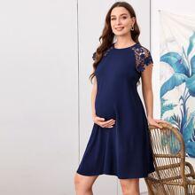 Maternity Kleid mit Schluesselloch hinten, Guipure Spitze und Raglanaermeln