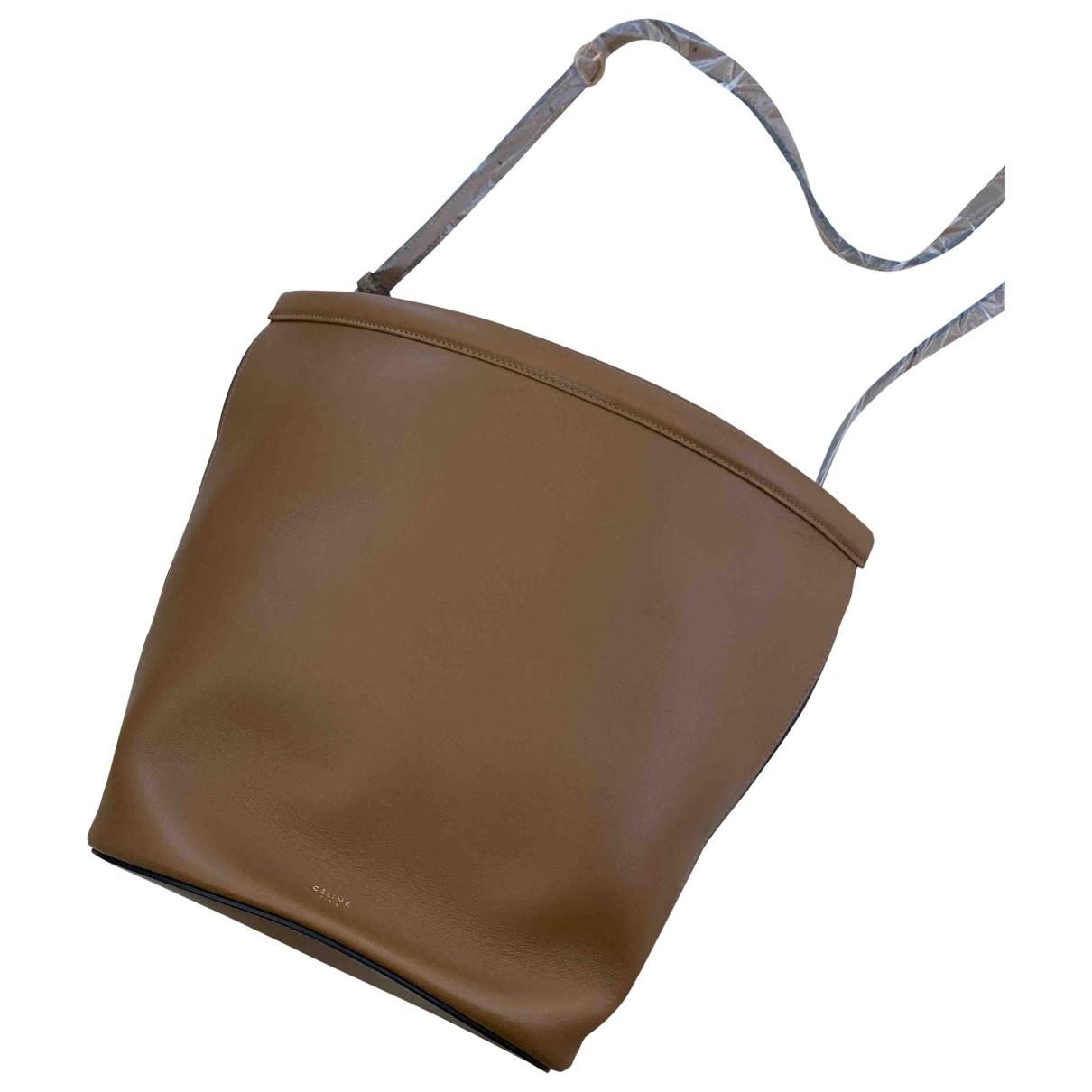 Celine Clasp Bucket Handtasche in  Braun Leder