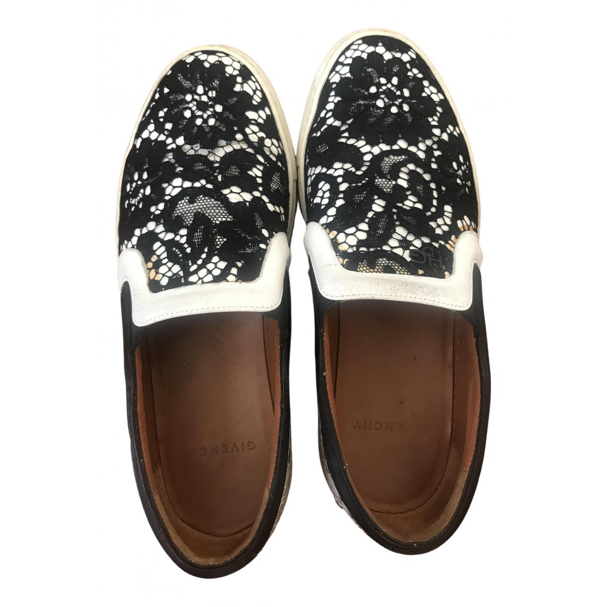 Givenchy \N Sneakers in  Schwarz Leinen
