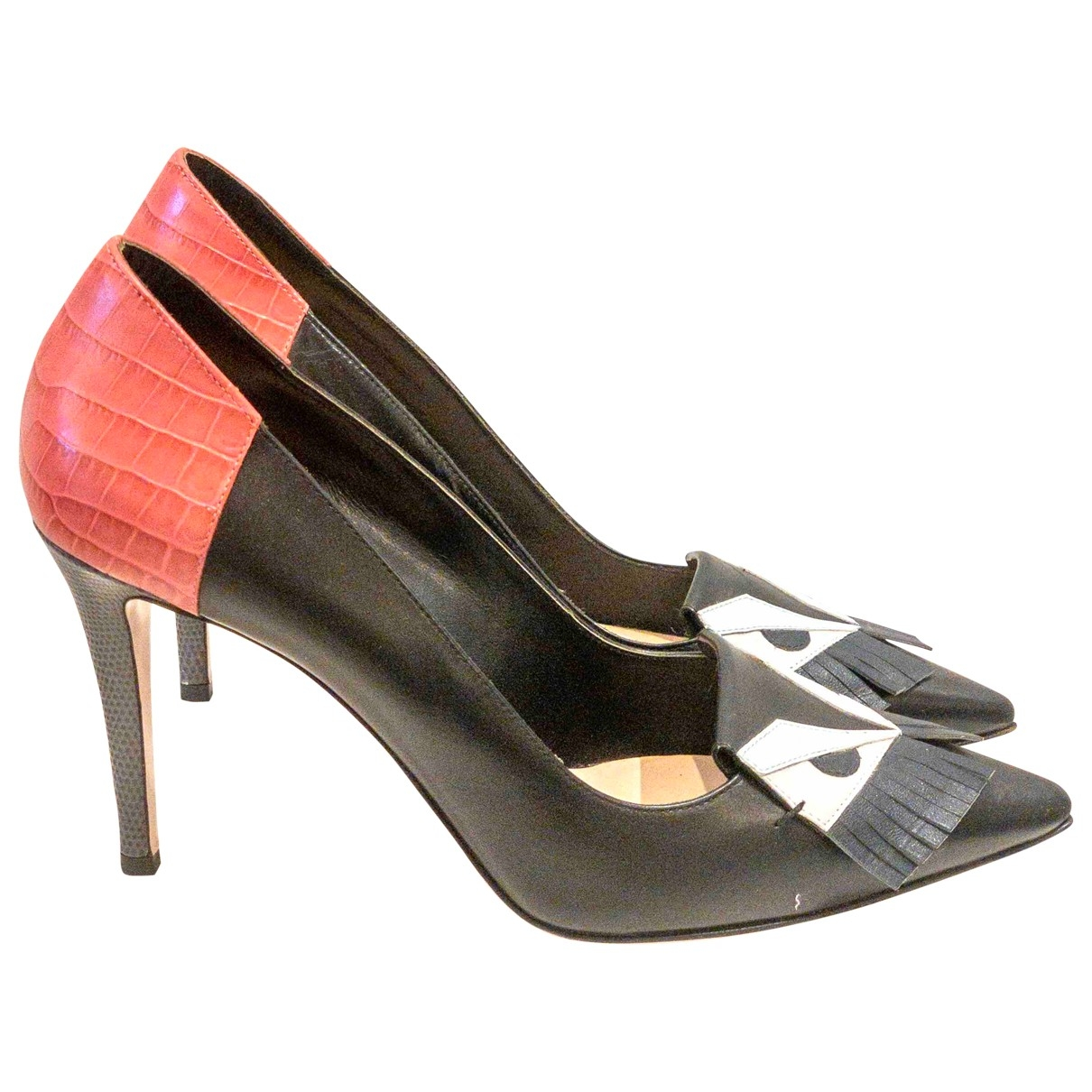 Fendi \N Black Leather Heels for Women 40 EU