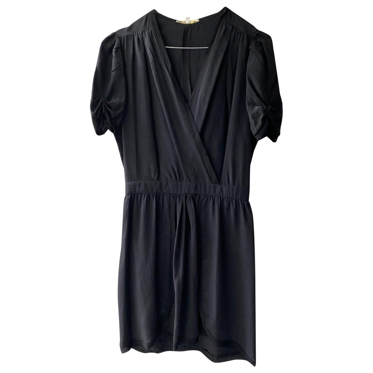 Maje \N Kleid in  Schwarz Seide