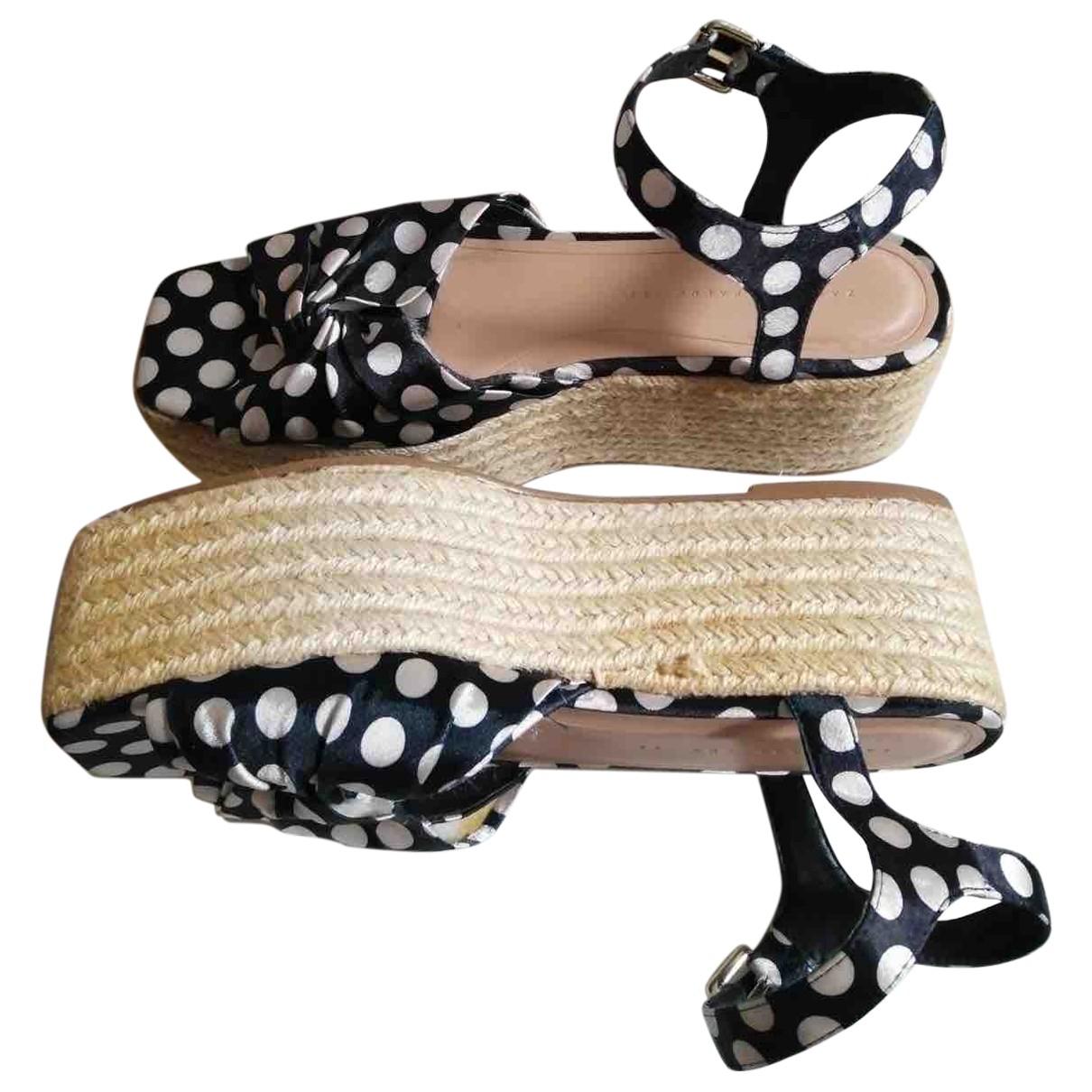 Sandalias romanas de Lona Zara