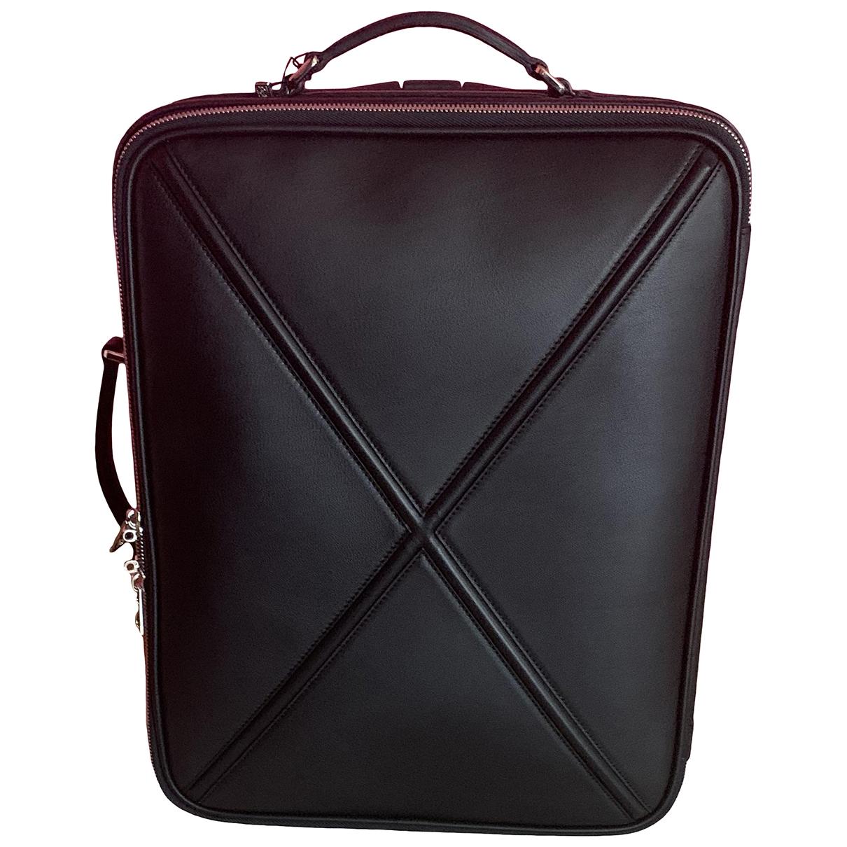 Loewe \N Reisetasche in  Schwarz Leder