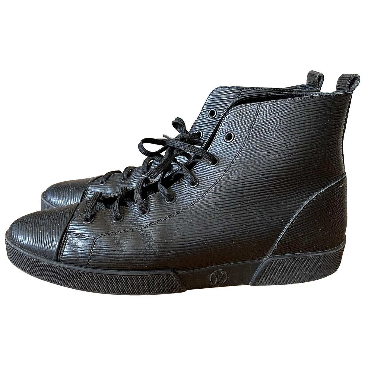 Louis Vuitton - Baskets   pour homme en cuir - noir
