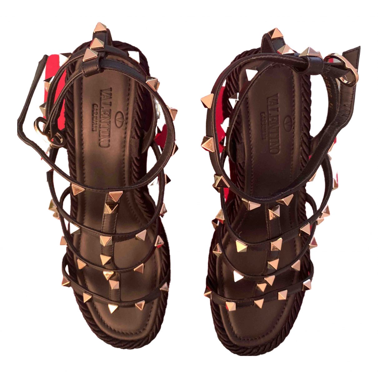 Valentino Garavani Rockstud Black Leather Sandals for Women 38 EU
