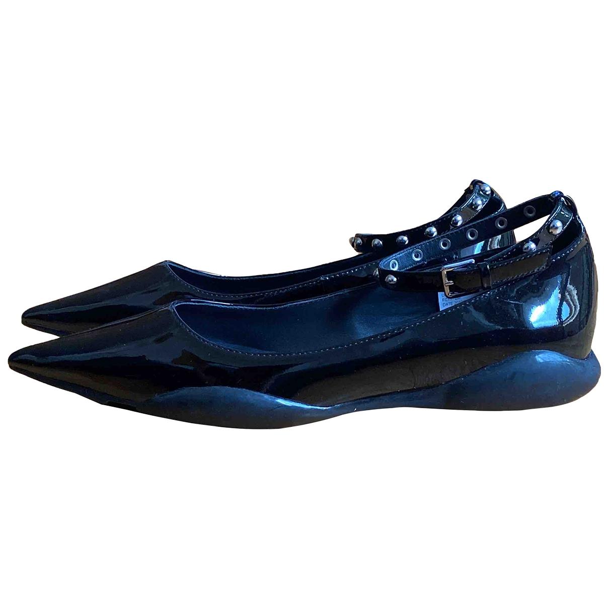 Calvin Klein \N Ballerinas in  Schwarz Lackleder