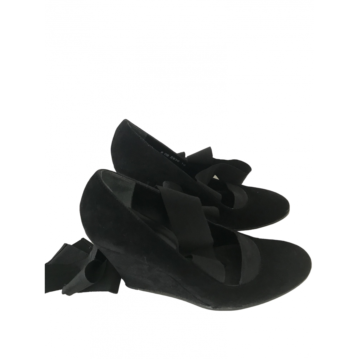 Robert Clergerie \N Pumps in  Schwarz Veloursleder