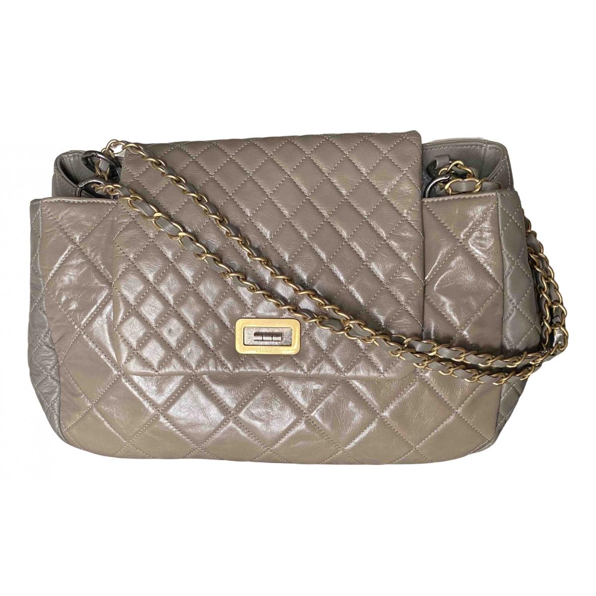 Chanel N Grey Leather handbag for Women N
