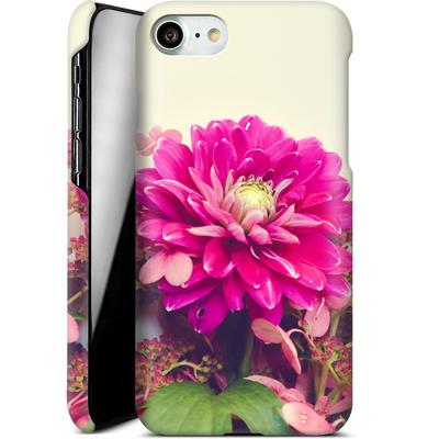Apple iPhone 7 Smartphone Huelle - Pink Dahlia 2 von Joy StClaire