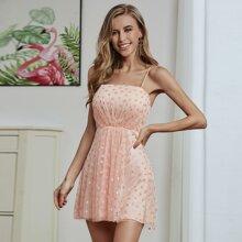 Double Crazy Cami Kleid mit Herzen Muster und Netzstoff