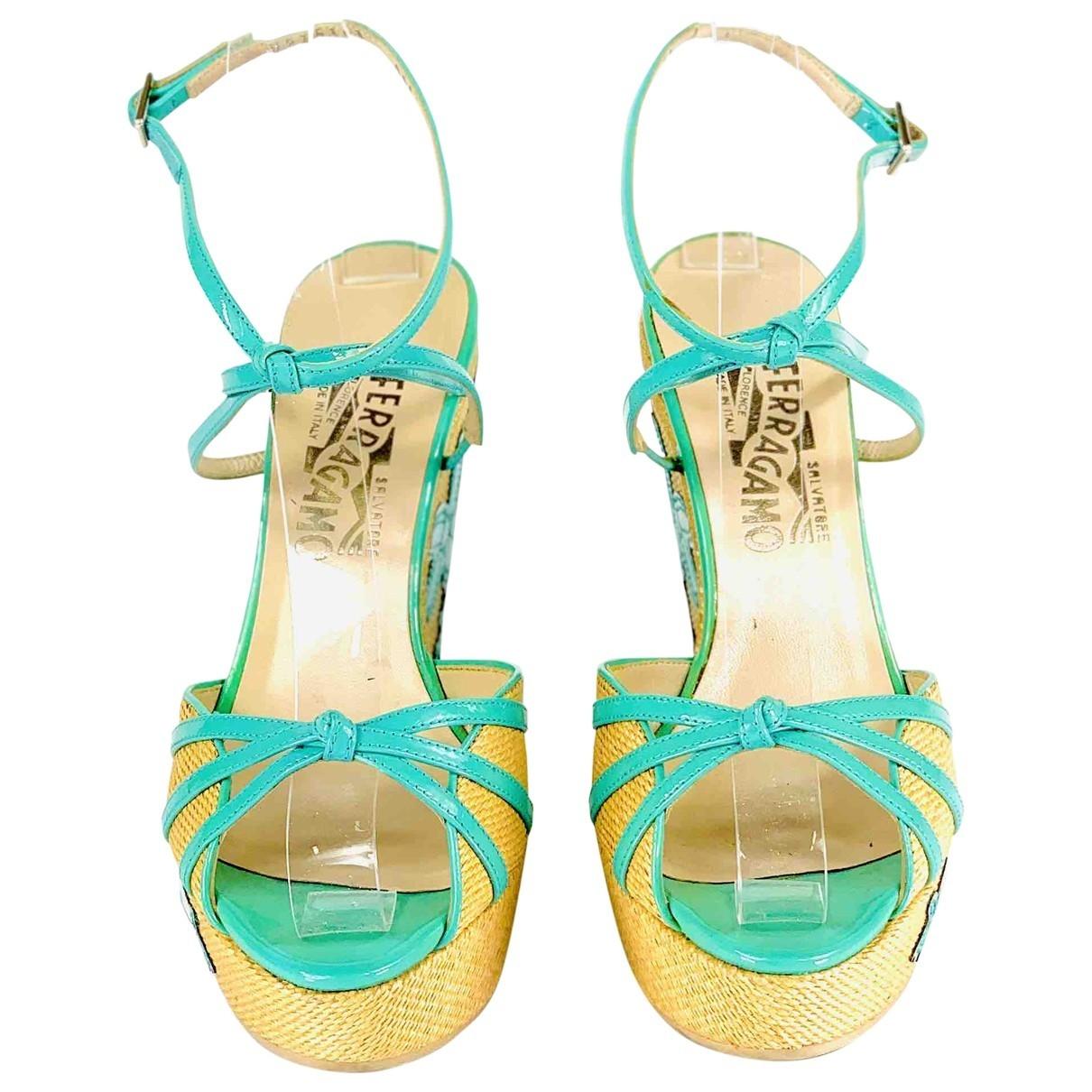 Salvatore Ferragamo \N Green Leather Sandals for Women 37 EU