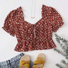 Tie Front Puff Sleeve Ditsy Floral Peplum Top