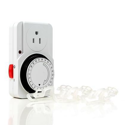 Minuterie enfichable pour intérieur 24 heures avec 3 clips de lumière de corde