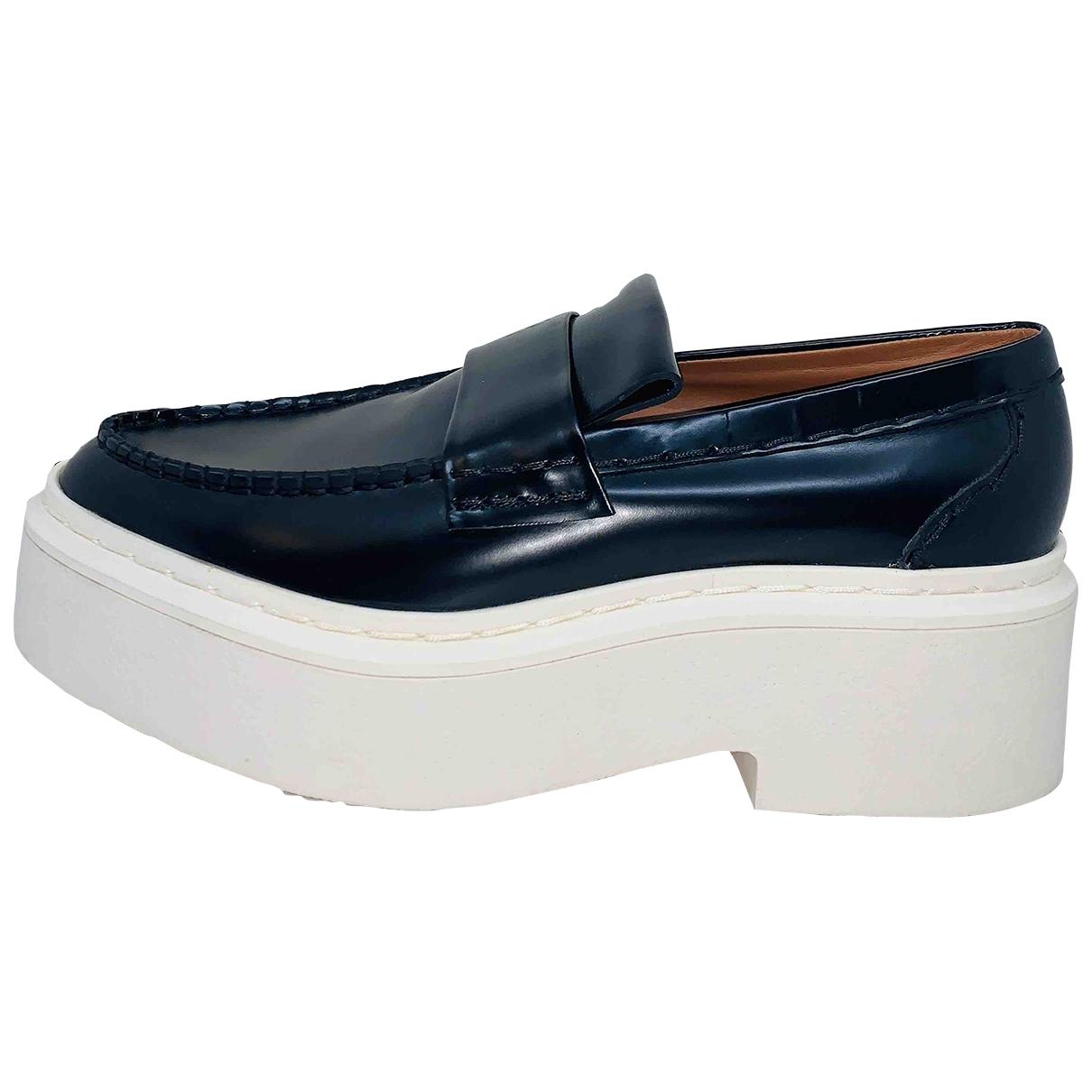 Celine \N Black Leather Flats for Women 40 EU