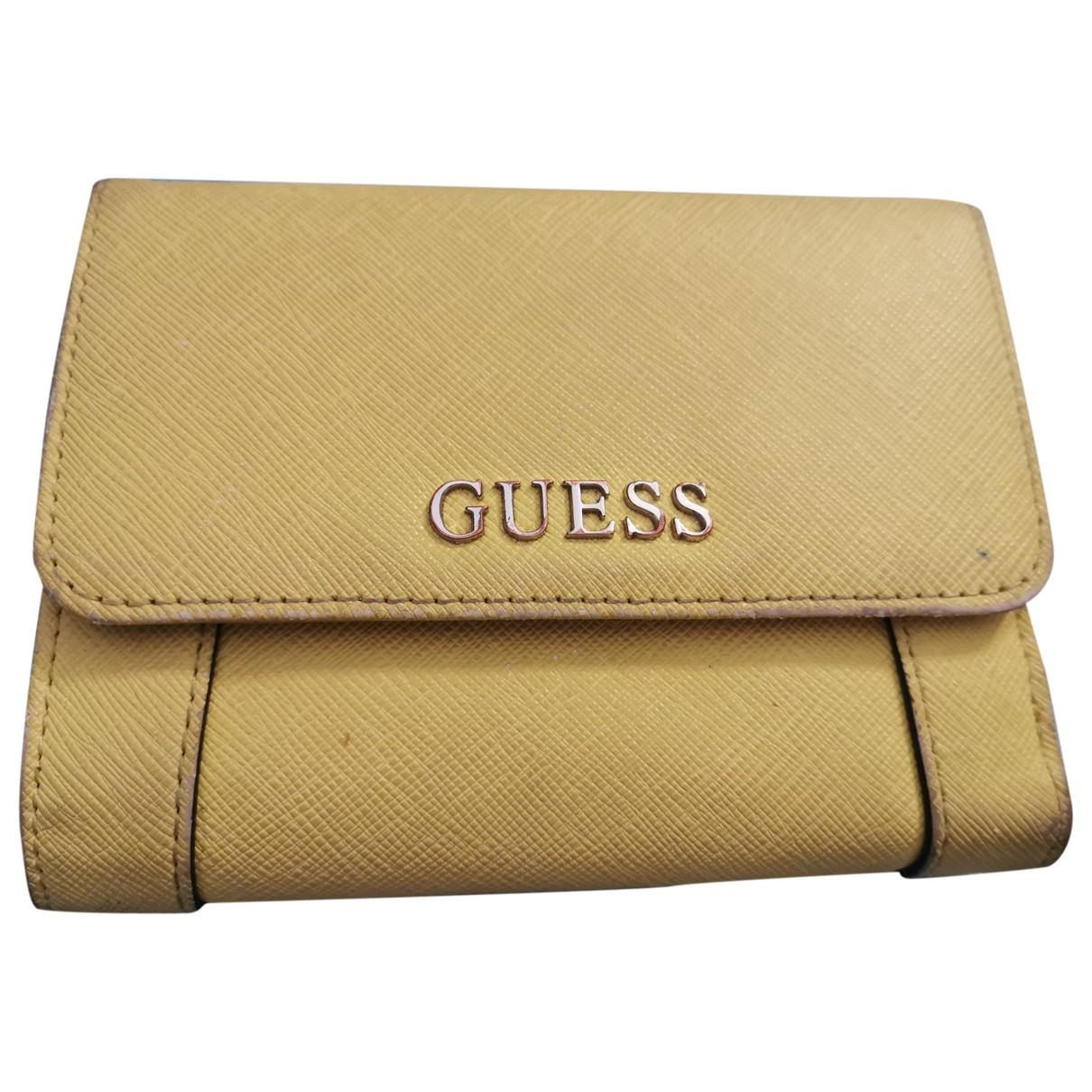 Guess \N Portemonnaie Gelb