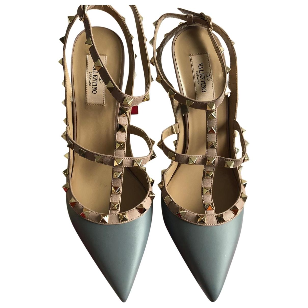 Valentino Garavani - Escarpins Rockstud pour femme en cuir - bleu