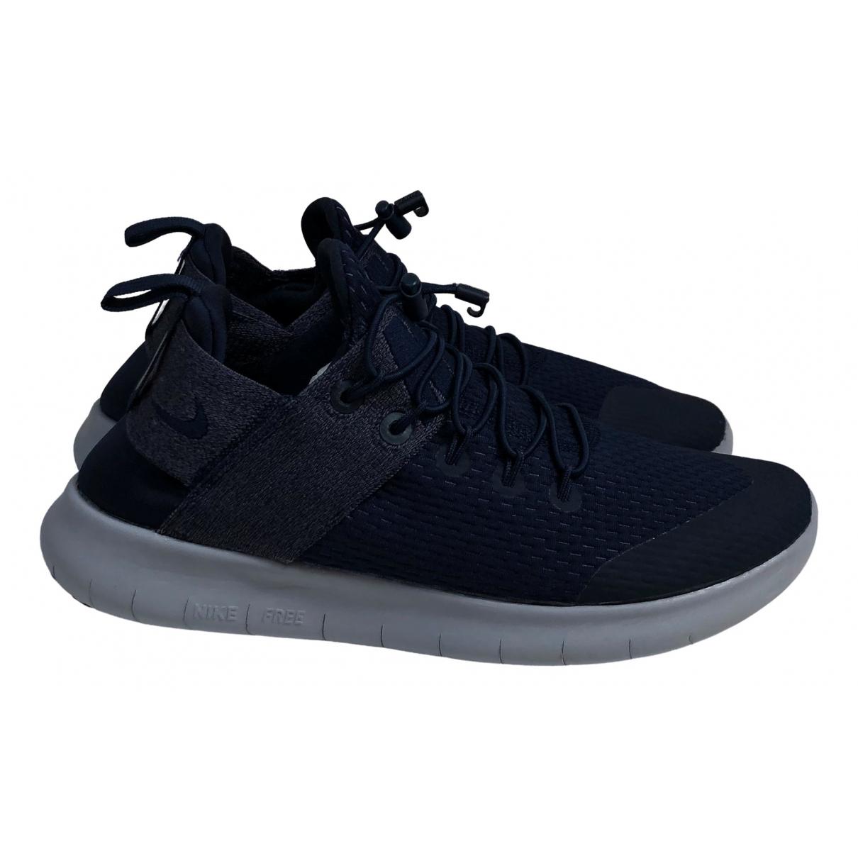 Nike Free Run Sneakers in  Marine Leinen