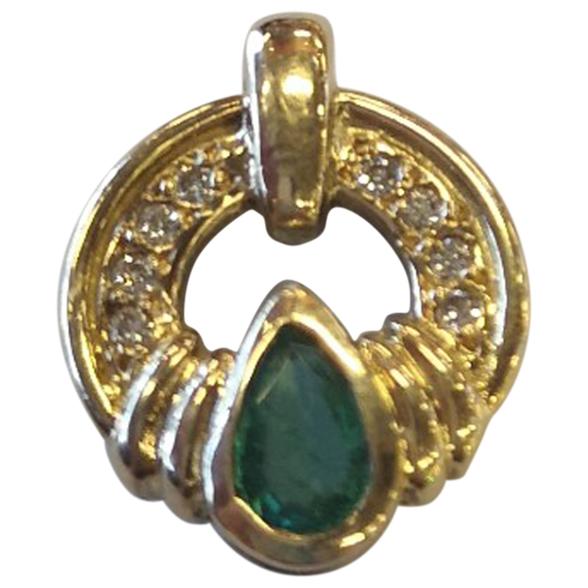 Non Signé / Unsigned \N Yellow Yellow gold pendant for Women \N