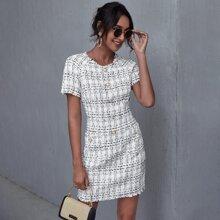 Tweed Kleid mit Knopfen vorn, ungesaeumtem Saum und Plaid Muster