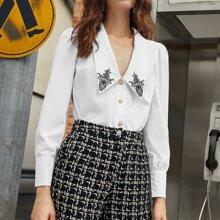 Bluse mit Stickereien Detail, Chelsea Kragen, Perlen und Knopfen