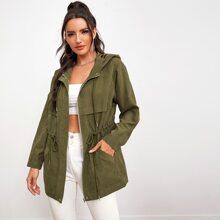Abrigo con capucha con bolsillo oblicuo con cordon