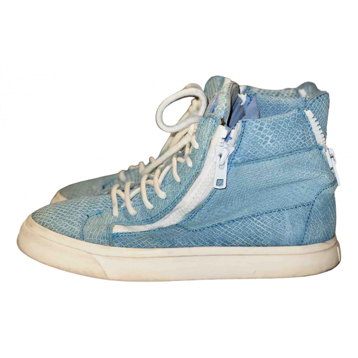 Giuseppe Zanotti Nicki Sneakers in  Blau Leder