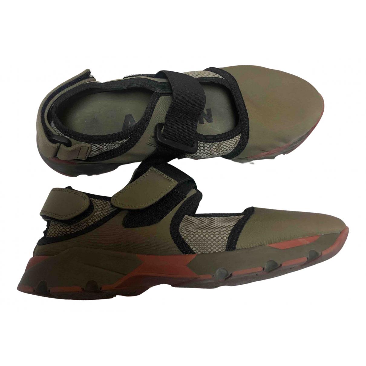 Marni \N Sneakers in  Gruen Polyester
